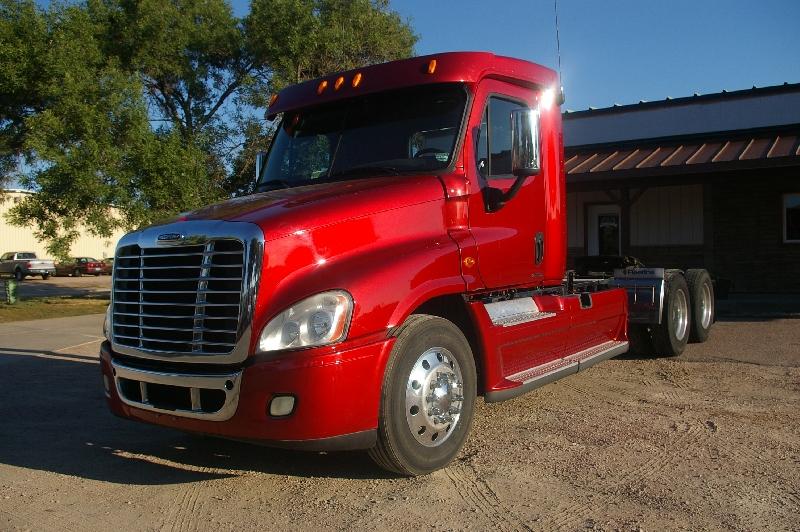 Prairie Tech - Freightliner Cascadia